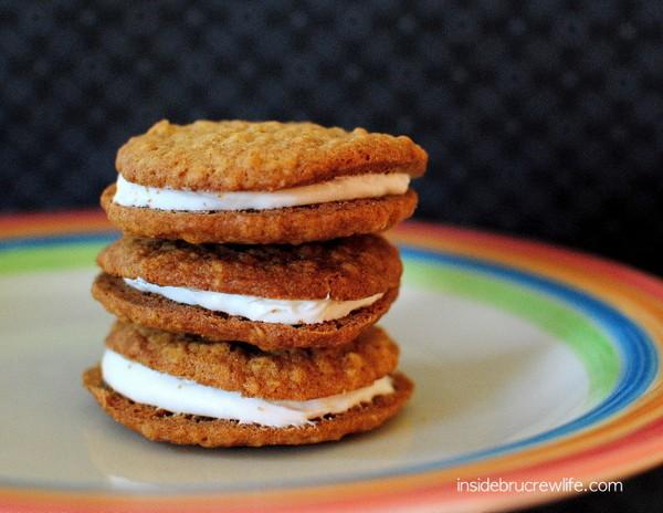 Homemade_Oatmeal_Cream_Pies_2