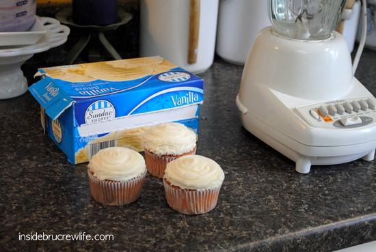 cupcake milkshake1