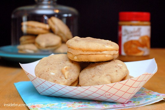 Biscoff Whoopie Pies - Biscoff cookies filled with Biscoff butter cream