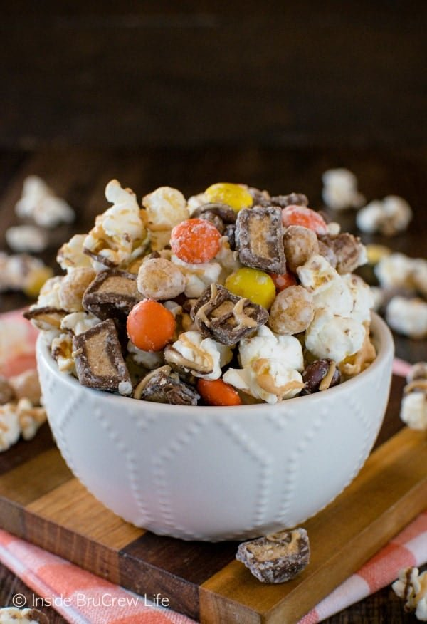 Reese's Popcorn - 3 kinds of peanut butter goodness makes this easy no bake snack mix a fun recipe to make and eat!