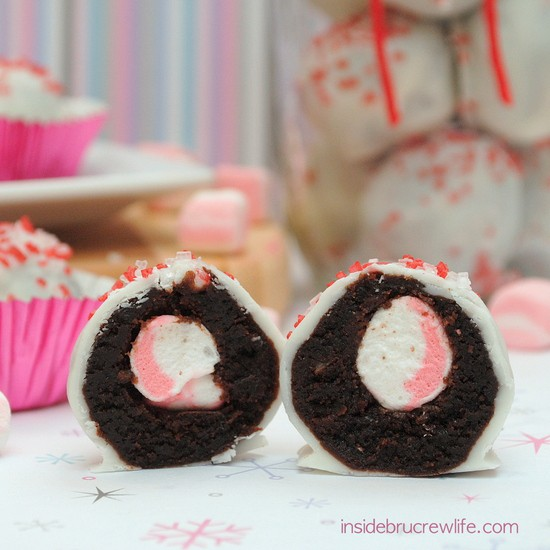 Peppermint Marshmallow Brownie Bites 3