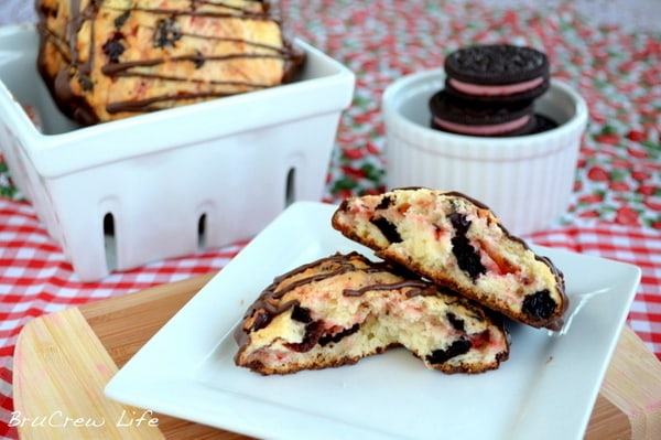 Berry_Burst_Oreo_Scones, Oreo cookies