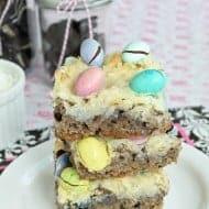 Oreo Coconut Gooey Cake Bars