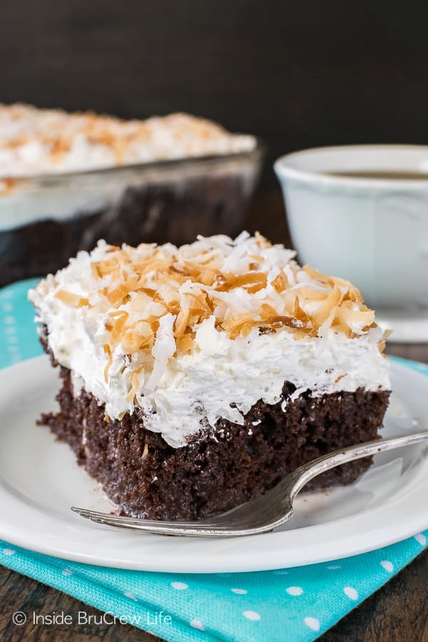 Chocolate Coconut Cake - this easy chocolate cake is loaded with coconut goodness. Great dessert recipe!