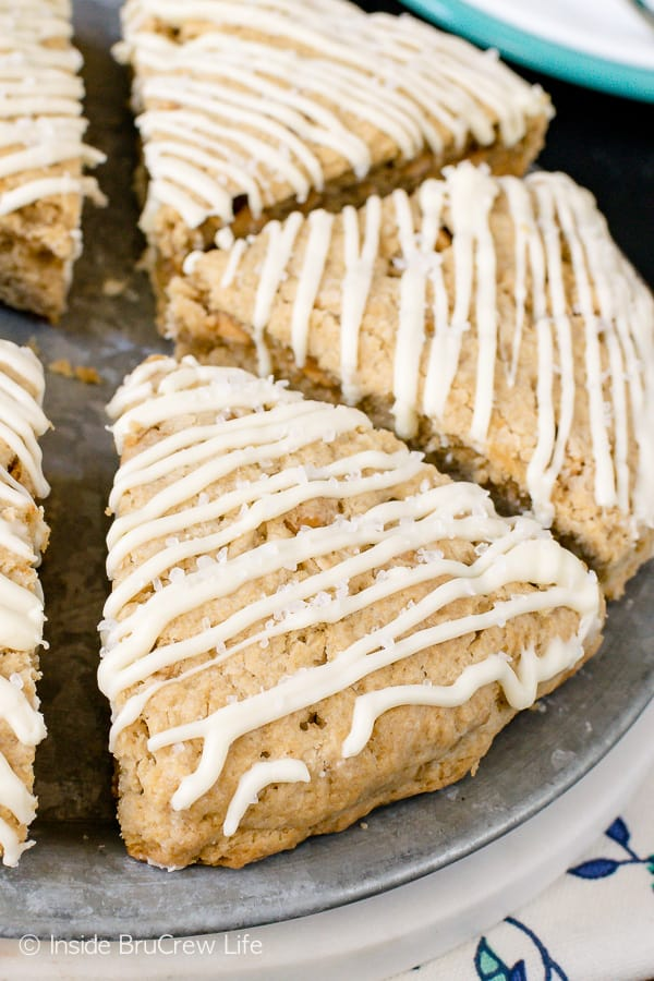 Salted Caramel White Chocolate Mocha Scones - soft flakey homemade scones loaded with sea salt, caramel chips, and white chocolate. Make this easy recipe for breakfast or brunch. #scones #homemade #saltedcaramel #whitechocolate #mocha #breakfast
