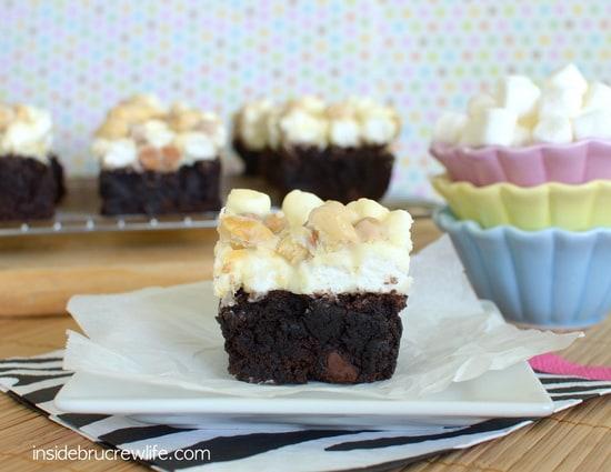 White Chocolate Goo Goo Cluster Brownies, white chocolate fudge
