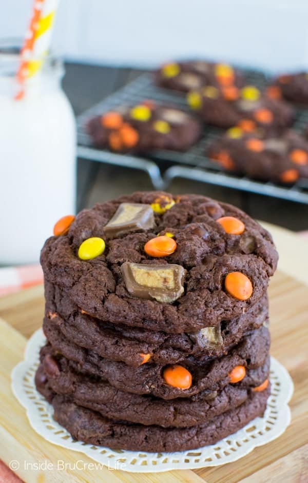 Banana Reese's Cookies - these soft and chewy cookies are loaded with 2 times the Reese's goodness! This is a must make dessert recipe!
