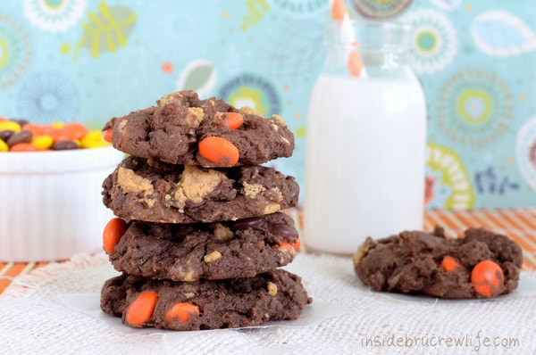 Banana Reese's Cookies - easy cake mix cookie with banana and Reese's   http://www.insidebrucrewlife.com