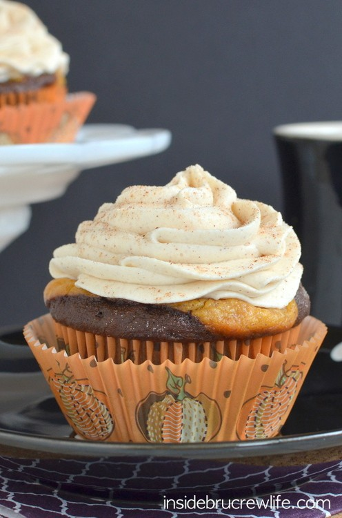 Chocolate Pumpkin Cheesecake Cupcakes