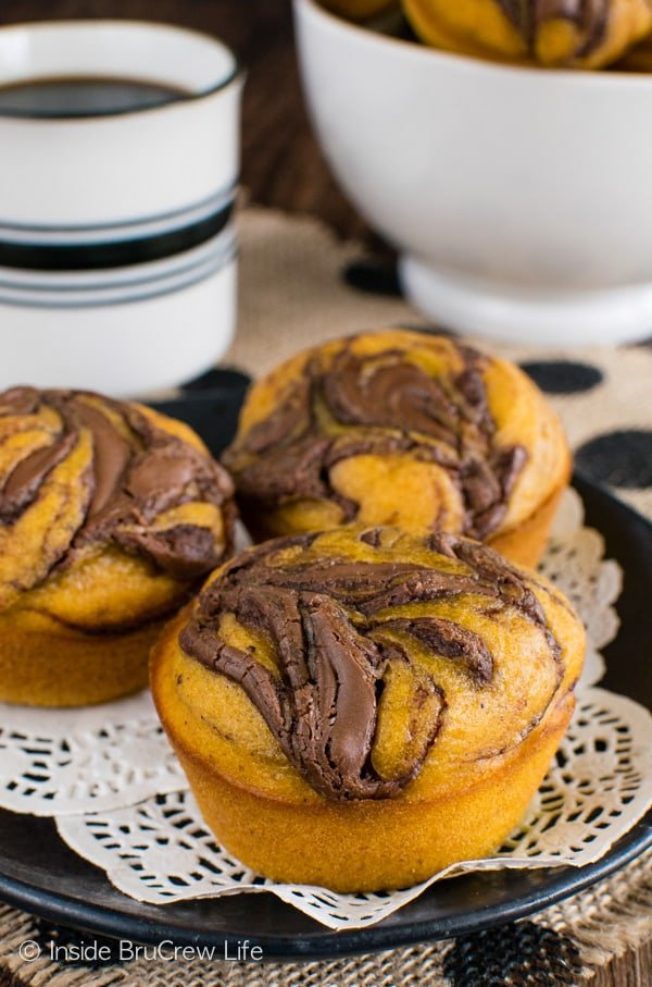 Pumpkin Nutella Muffins - soft pumpkin muffins with a chocolate swirl makes a delicious fall breakfast recipe