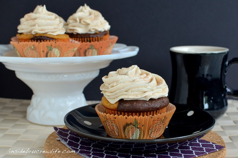 Chocolate Pumpkin Cheesecake Cupcakes - chocolate cupcakes with a ...