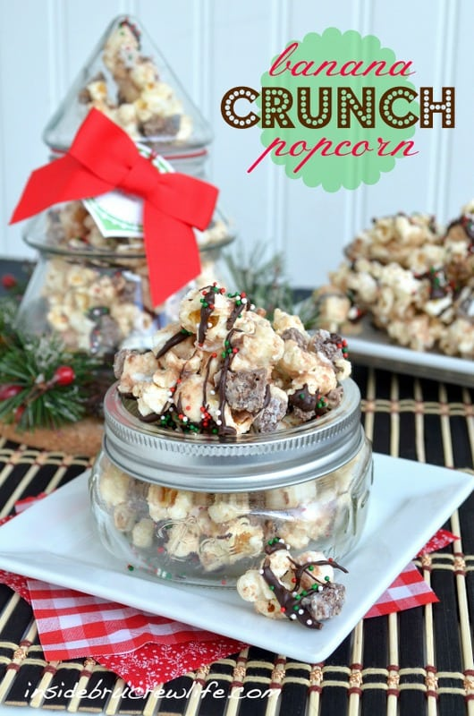 Banana Crunch Popcorn - sweet chocolate covered popcorn with a banana flavor twist! Great snack mix recipe!