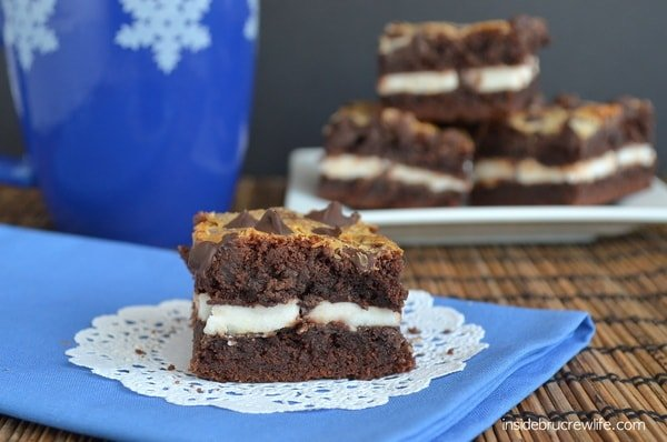 Peppermint Patty Gooey Cake Bars - easy cake mix bars filled with York Peppermint Patties www.insidebrucrewlife.com