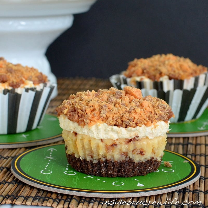 butterfinger mousse cheesecake3