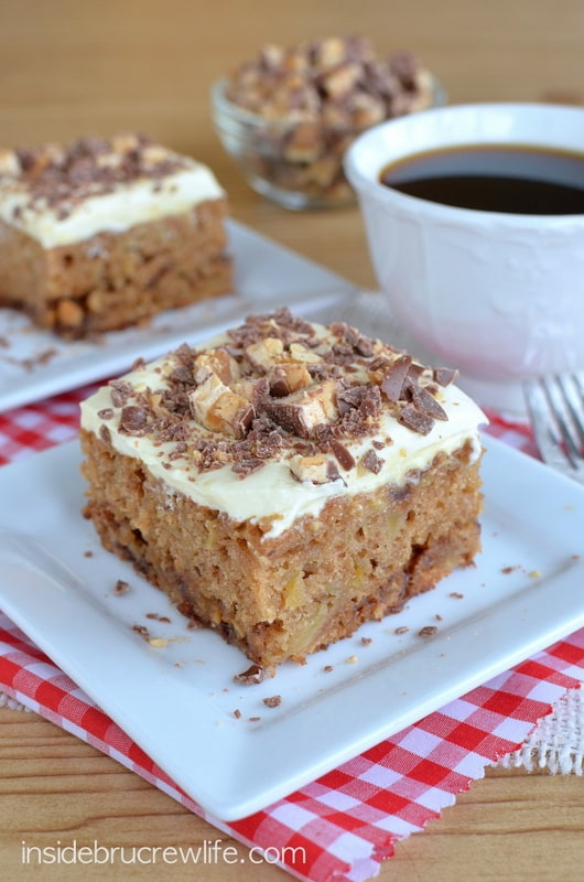 Apple_Snickers_Cake_8