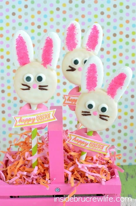 Oreo Bunny Pops - chocolate covered Oreos with marshmallow ears makes a cute Easter treat.
