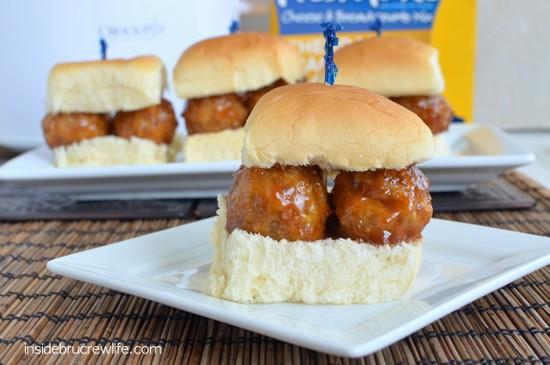 Cheddar Jack & Bacon Meatball Sliders - easy meatball sandwiches