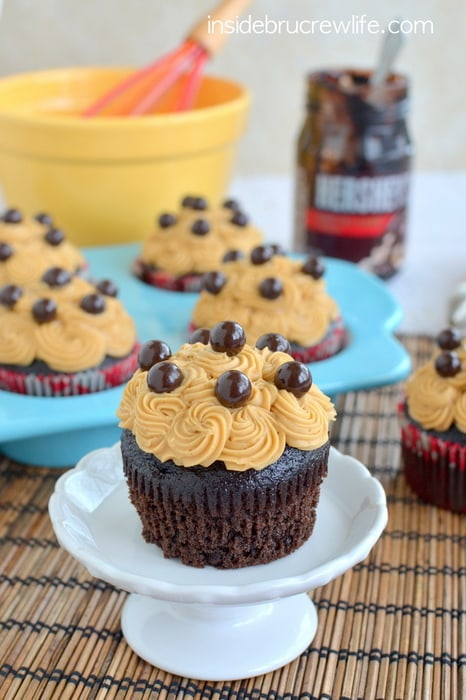 These mocha cupcakes have a hidden fudge pocket and coffee butter cream on top.  They will not last long when you make them!!!