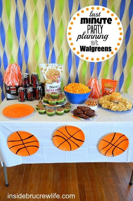 Walgreens last minute party table, Walgreens, #snackmadness , Coke Zero, Reese's