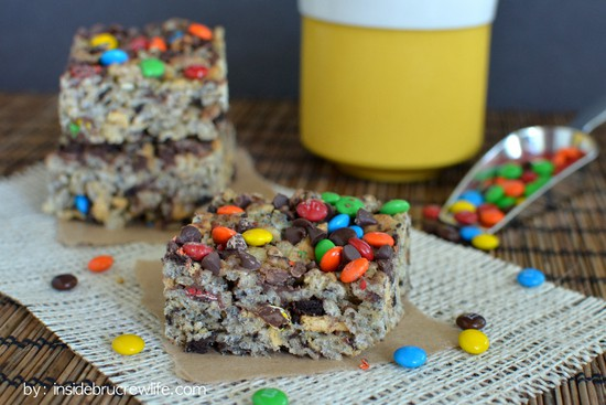 Monster Cookie Rice Krispie Treats - these easy no bake treats are loaded with cookies and candy! Great dessert recipe!!!