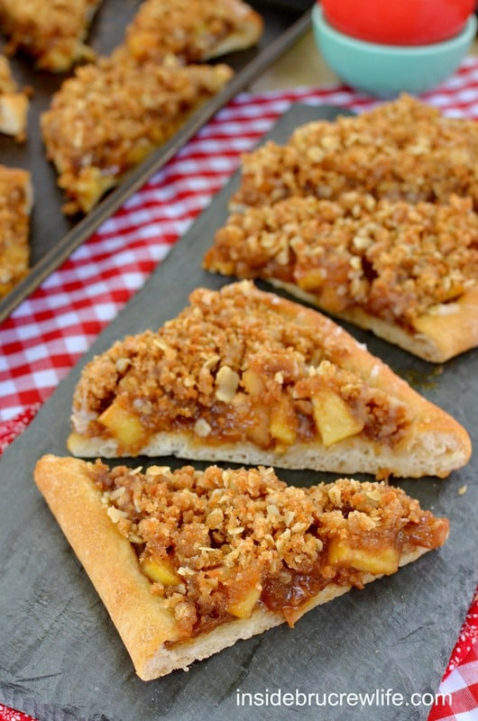 Apple Biscoff Crumble Pizza