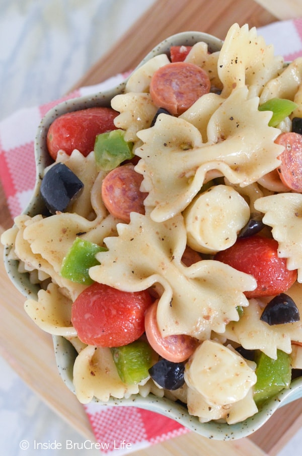 This easy pasta dinner is full of your favorite pizza toppings!!! Easy to make the night before!