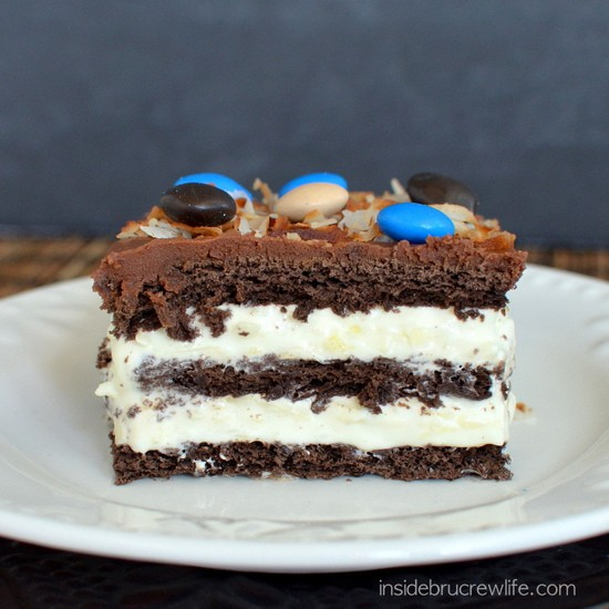Coconut Eclair Cake - chocolate graham crackers and coconut pudding ...