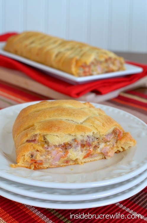 Meat Lover's Crescent Braid - 4 kinds of meat combined with 3 cheeses and wrapped in crescent rolls...best after school snack idea  http://www.insidebrucrewlife.com