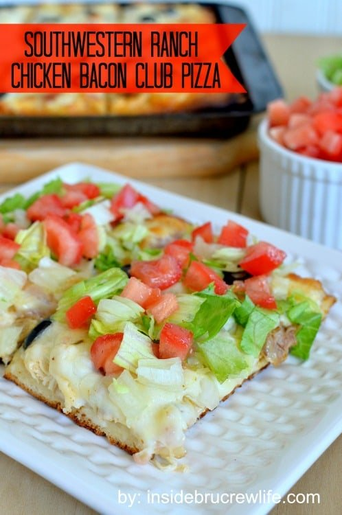Southwest Ranch Chicken Bacon Club Pizza - this quick and easy pizza will disappear quickly at your next meal www.insidebrucrewlife.com