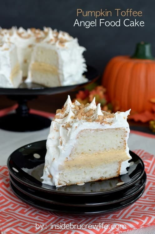 Pumpkin Toffee Angel Food Cake - creamy no bake pumpkin filling inside an angel food cake makes an impressive and easy recipe for dinner parties!