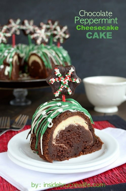The hidden tunnel of cheesecake in this Chocolate Peppermint Cheesecake Cake is a fun surprise!