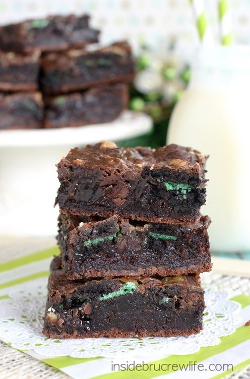 Fudge Mint Gooey Brownie Bars