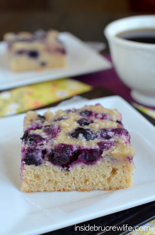 Blueberry Snack Cake from www.insidebrucrewlife.com - easy breakfast cake topped with blueberries and crumble topping