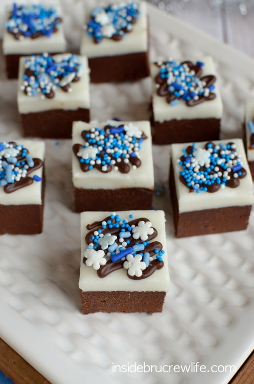 Chocolate Peppermint Fudge - chocolate and peppermint fudge for a fun holiday treat.