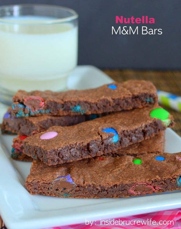 Nutella M&M Bars - these easy bars are soft and full of Nutella and candy