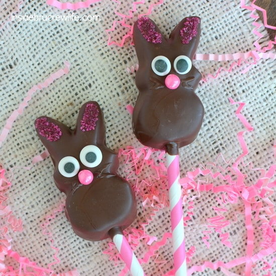 Chocolate Covered Marshmallow Bunnies - these fun chocolate covered bunnies are a fun Easter treat for kids to help make