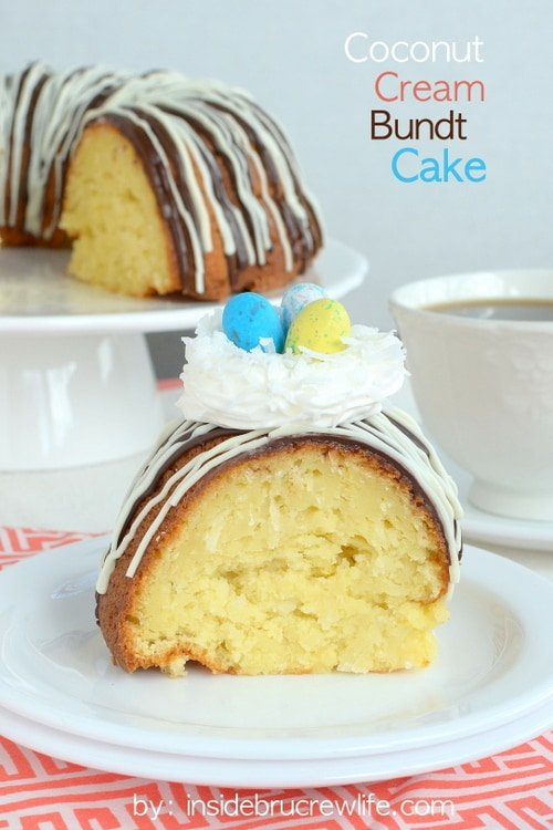 Coconut Cream Bundt Cake - the coconut flavor in this delicious cake shines through.  The extra topping makes it so pretty!