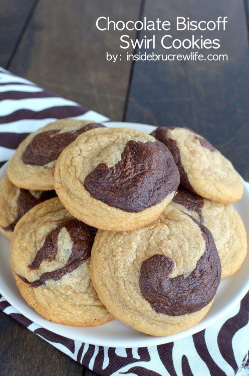 Chocolate Biscoff Swirl Cookies - chocolate and Biscoff cookie dough swirled into one fabulous cookie