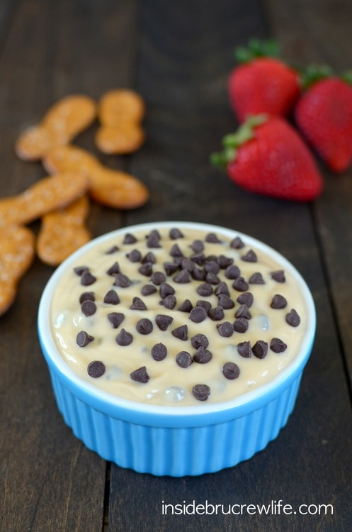 Salted Caramel Chocolate Chip Yogurt Dip - caramel and chocolate chips in yogurt is a delicious and light snack to calm that sweet tooth