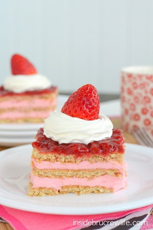 Strawberry Shortcake Eclair Cake