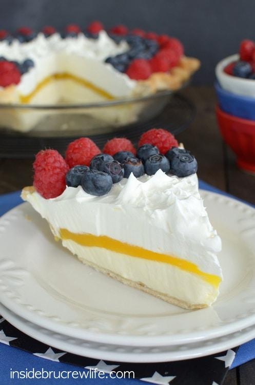 Lemon Cream Berry Pie 4