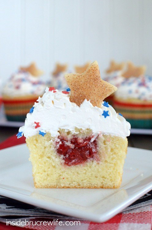 Vanilla Cherry Pie Cupcakes - a hidden cherry pie center makes these little homemade cupcakes a great picnic recipe!