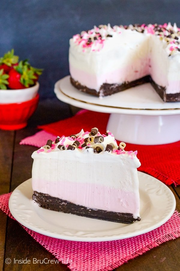 Neapolitan Brownie Ice Cream Cake - homemade brownies and ice cream layered together makes a delicious ice cream cake. Such an easy recipe to make for parties! #icecreamcake #brownies #cake #easyrecipe