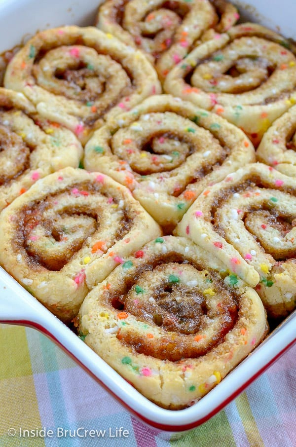 Funfetti Cinnamon Rolls - a pan of homemade cinnamon rolls loaded with colorful sprinkles makes a delicious and fun breakfast treat. Make this easy recipe and watch everyone smile.