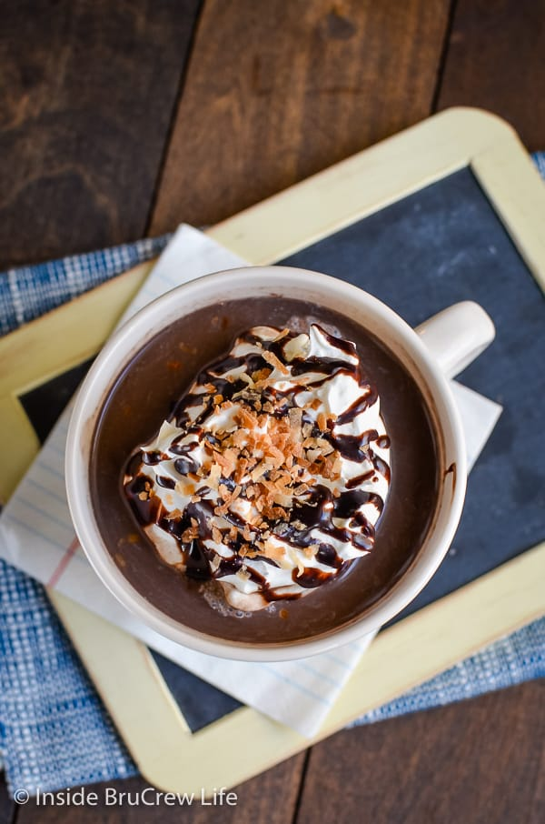 Almond Joy Hot Chocolate - you can make your own homemade hot chocolate with just a few ingredients from your pantry. Make this easy recipe when you need a drink to warm you up on cold days or nights. #hotchocolate #sugarfree #dairyfree #lowcarb #homemade #keto #chocolate