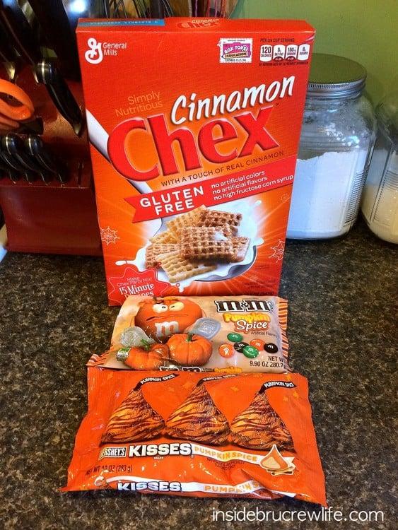Cinnamon Pumpkin Spice Muddy Buddies ingredients