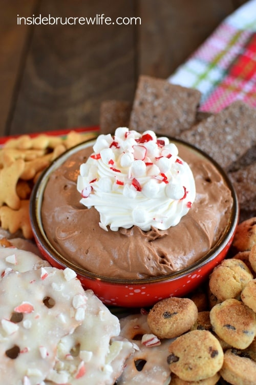 Hot Chocolate Cheesecake Dip - creamy chocolate dip that is great with cookies and pretzels. Easy recipe for parties!