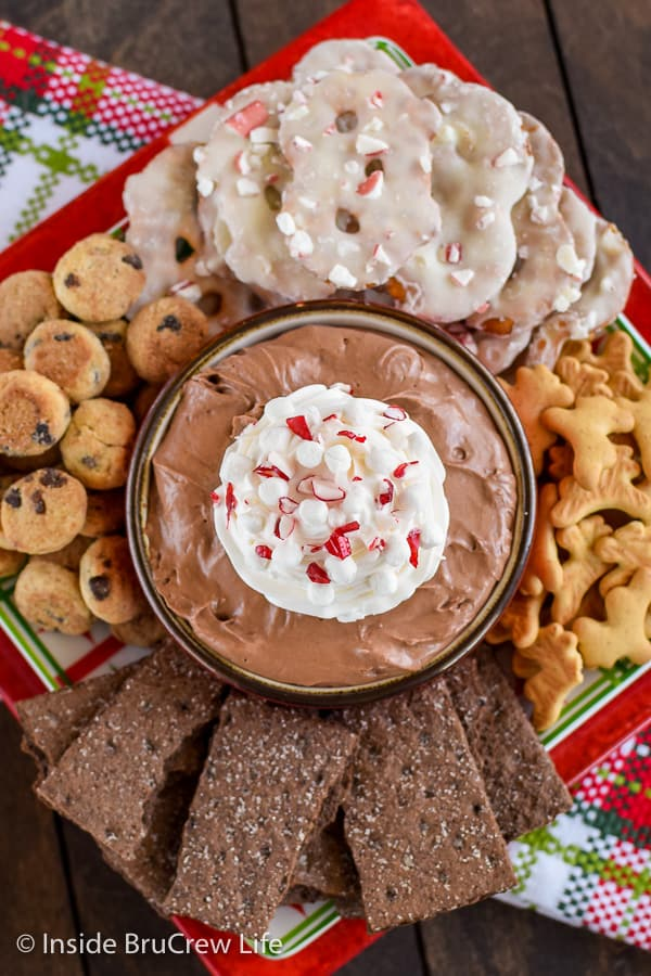 Hot Chocolate Cheesecake Dip - this creamy chocolate dessert dip is so easy to make and tastes amazing with cookies, pretzels, and fruit. #cheesecakedip #dessertdip #nobake #chocolate #hotchocolate #hotcocoa #chocolatedip
