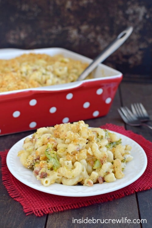 Easy homemade macaroni and cheese gets a fun twist from the bacon, broccoli, and cracker topping. It is amazing!