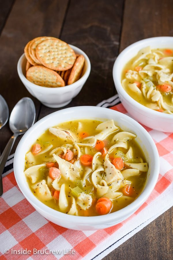 Easy Chicken Noodle Soup - a pot of this easy homemade soup is loaded with veggies, chicken, and noodles. Great comfort food meal on cold days or when you do not feel good. #soup #chickennoodle #homemade #easydinner #30minutemeal #chickendinner #comfortfood